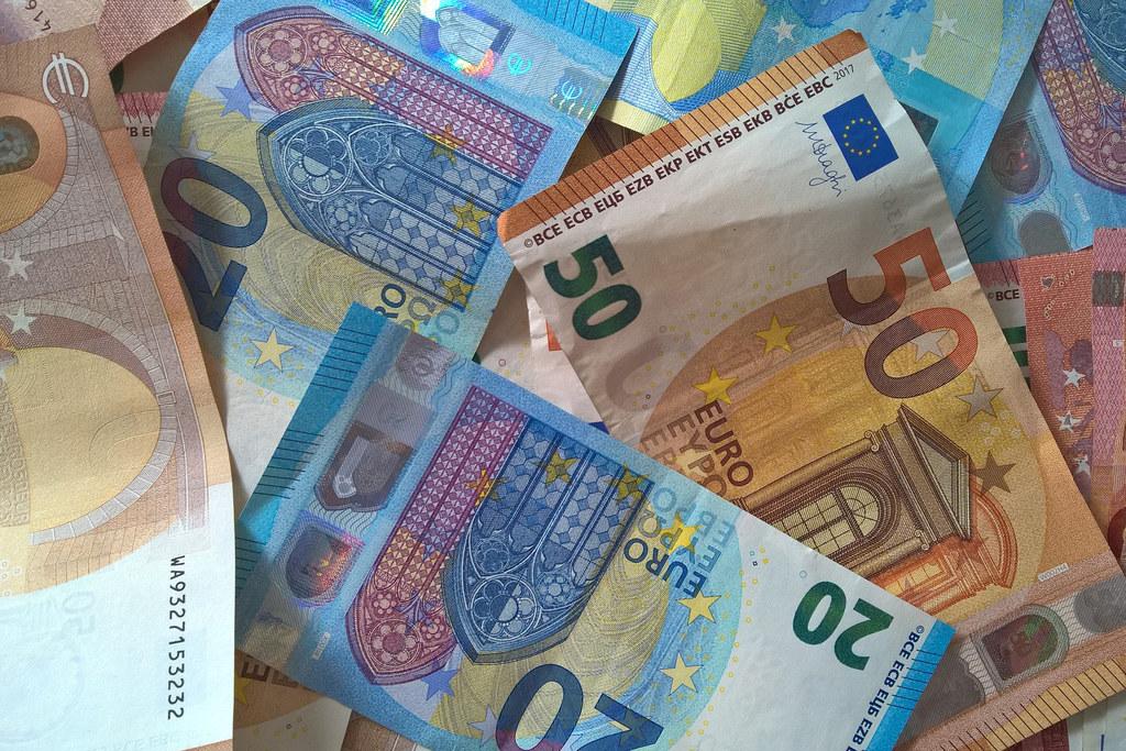 Trotz einem covidbedingten negativen Saldo in Höhe von 221 Millionen Euro im Rechnungsabschluss 2020 konnte in Salzburg eine Neuverschuldung mit liquiden Reserven ausgeglichen werden.