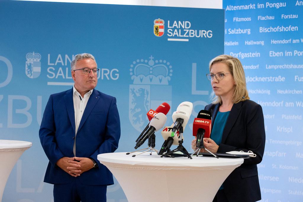 """LH-Stv. Heinrich Schellhorn und BM Leonore Gewessler zum Erneuerbaren-Ausbau-Gesetz: """"In nicht einmal zehn Jahren werden wir damit in Österreich nur noch Strom aus erneuerbarer Erzeugung verbrauchen und sind damit Vorreiter in Europa."""""""